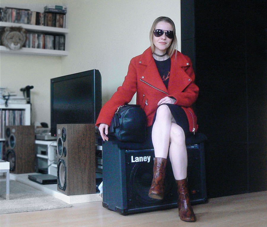 easy and versatile red biker jacket rush tour tee kurt geiger snape ankle boots
