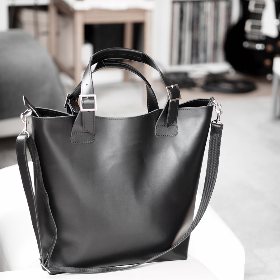 finding the best luxury leather tote everyday work bag travel carry-on minimal smart sleek etsy
