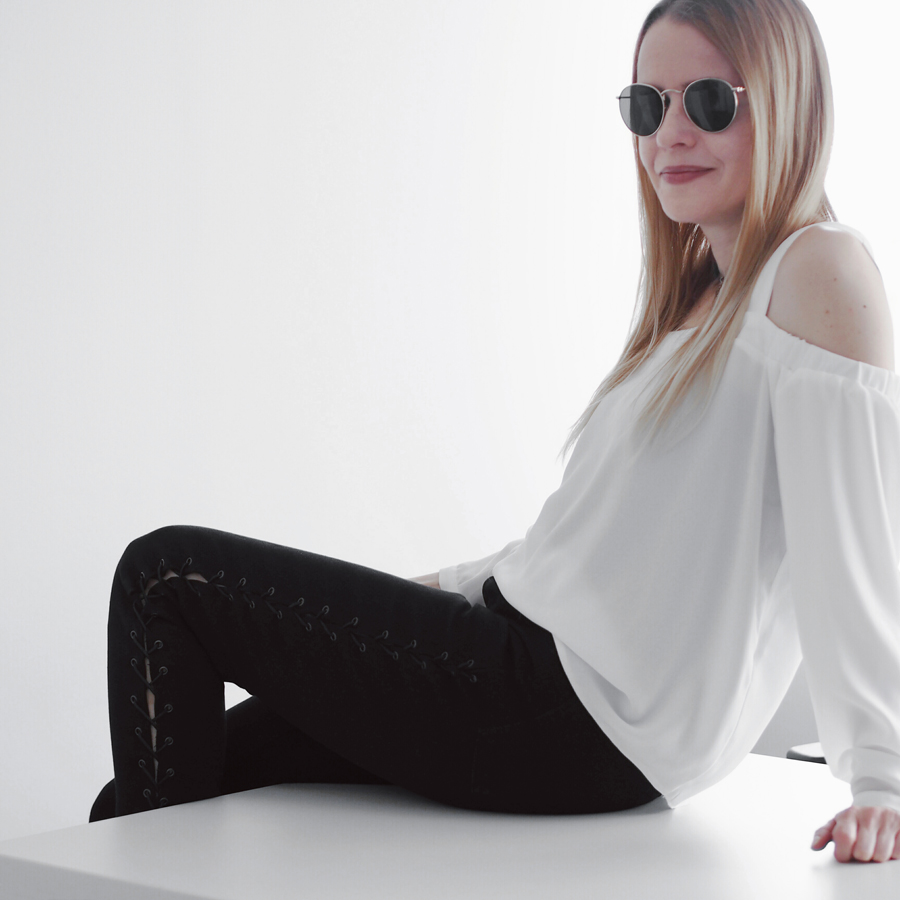 lace-up jeans office festival rain minimal outfit black off-shoulder top chelsea wellies smart casual ray-ban