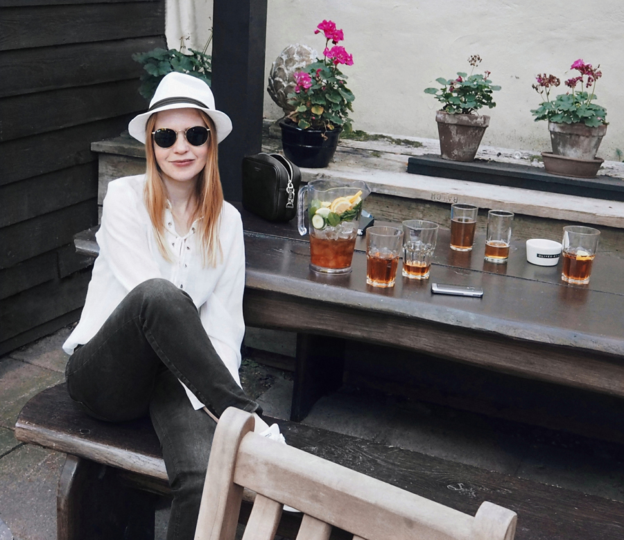 fresh cool summer outfit H&M lace-up shirt washed black jeans New Yorker white hat Ray-Ban round sunglasses Spaniards Inn London Hampstead