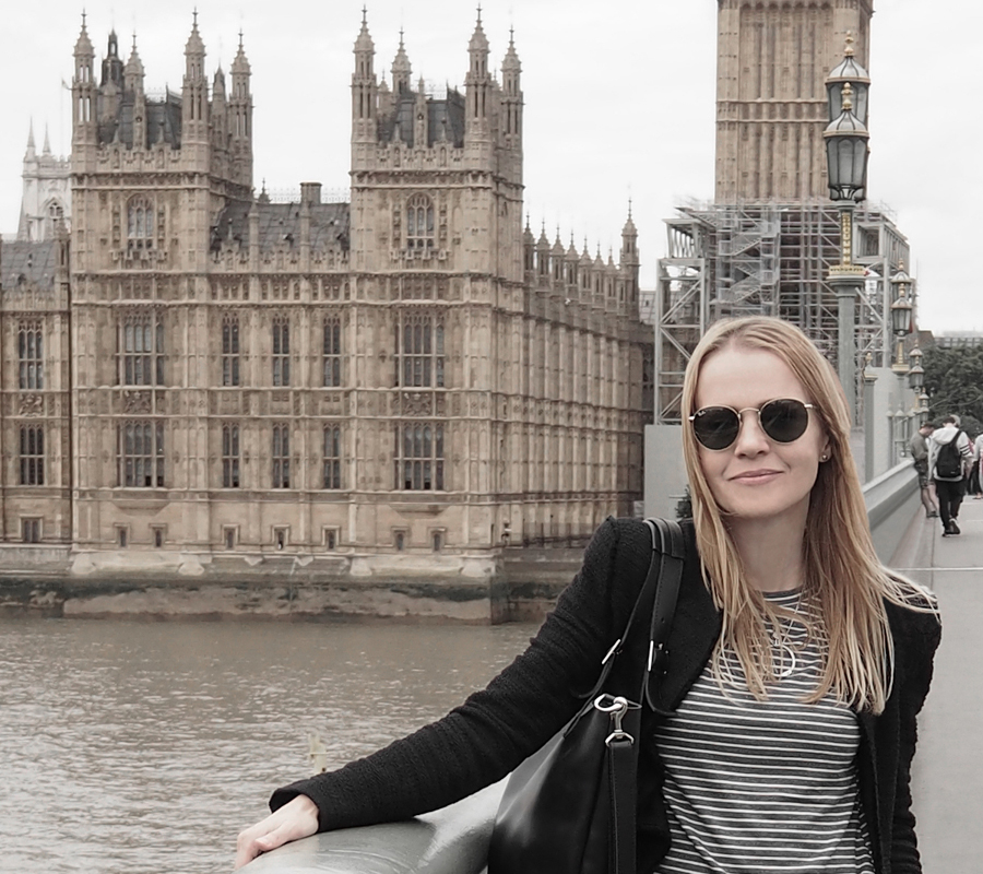 black suit luxe leather mules stripes ray-ban london Big Ben London view outfit