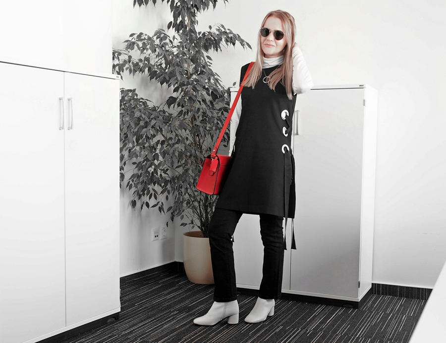 how to wear a tunic outfit Topshop lace-up side eyelet tunic white ankle boots Zara red leather bag biker jacket